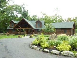 Beautifully built log home, attention to detail, all the comforts of home