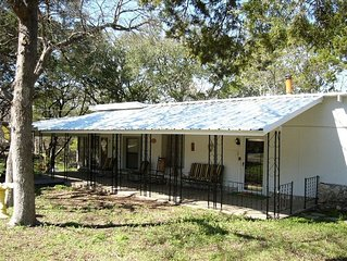 Lake Whitney - Updated Cabin with Water Access and Hiking!