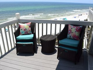 NEWLY RENOVATED!! Beachfront 2 Bed/2 Bath, Sleeps up to 8.