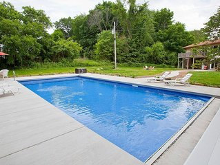 Sleeps 12, Private Pool, Secluded, Yet 6 Min. From 3 Oaks And 15 To New Buffalo