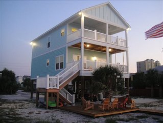 4 BR/3BA Waterfront Beach House w/Private Dock and Beach
