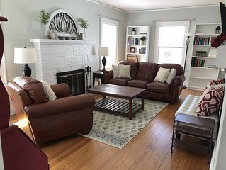 Cozy Home Half Mile Walk from ND Campus!