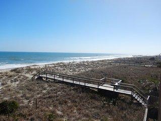 Memories start where the sand ends & the ocean begins Ocean views, Pool & WIFI!
