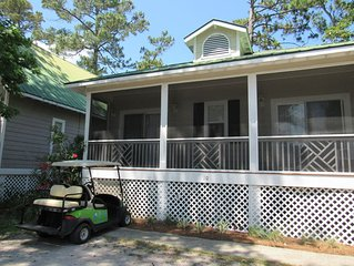 Pet Friendly Cottage with Views of Pond & Golf Coarse/Golf Cart Included