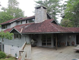 Local Architect's Home On 2.5 Acres With Private Hiking Trail To Mill Creek