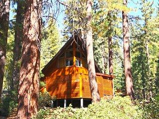 Contemporary Remodel, 5✩, Chill Cabin, Hot Tub, WiFi, Private Beach Access