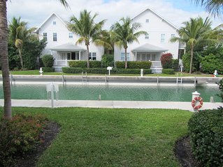 Professionally Decorated - Large Boat Slip - This Villa Is A Must Stay !!