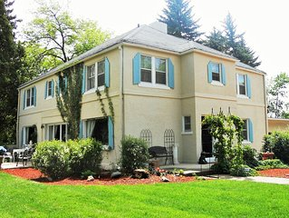 Beautiful Luxury Broadmoor Historic Estate !! Just blocks from Broadmoor Hotel !