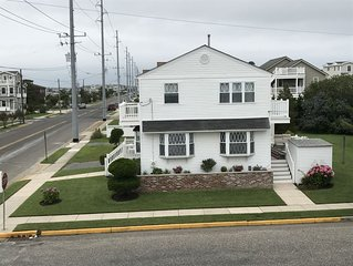 NEWLY DISCOUNTED AVALON house accross from the Bay and 12 houses from the beach