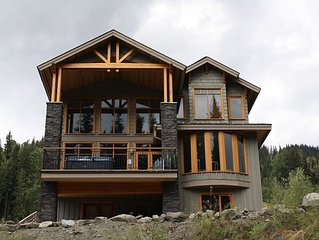 Luxury Custom Built 4 Bedroom + Den Chalet, Excellent Location