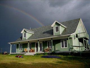 Luxury Summer Home on Winter Bay - ALL 7 BEDROOMS HAVE FULL EN-SUITE BATHROOMS!