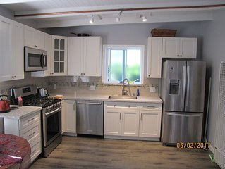 Beautiful  1BR Apartment  w/Wifi –   Only 20 Minutes from San Francisco