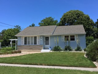 Cottage near the Bay in NCM - Only 2 1/2 blocks to the beach!