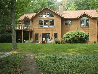 Beautiful Cedar Home on N Lake Leelanau Shore in Leland, Mi