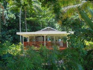 Hale Aloha-Charming Beach Home