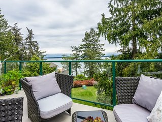 Stunning ocean views, OUTDOOR HEATED POOL, HOT TUB, TENNIS COURT!