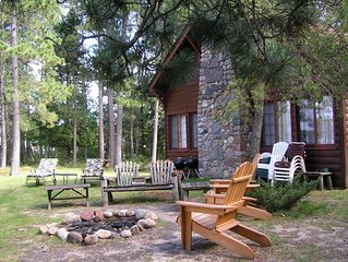Whitefish Chain, Vintage Log Cabin, Private, Fireplace/Loft, Sleeps 8
