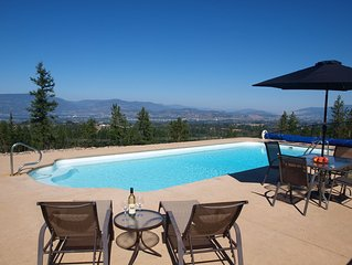 Idyllic getaway with pool, offering panoramic views yet close to everything!
