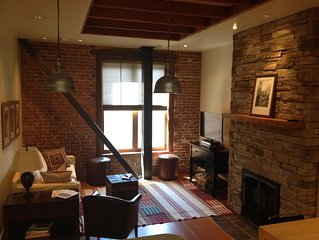 Loft- Style Apartment Located In The Heart Of Downtown Sandpoint, Idaho!