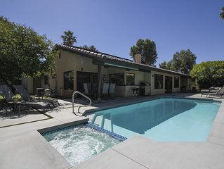 Primo established neighborhood, chic recently renovated, private pool/spa