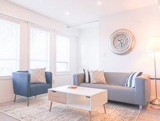 PRIVATE - Modern bright garden view suite in Renfrew Heights near skytrain