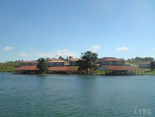 Awesome Condo on Smith Mountain Lake !