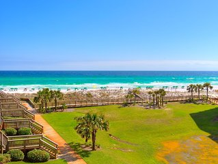 Avg. night $175 ! Beach Front Beach Chairs/Umbrella Set up Included WiFi Lg.2BR