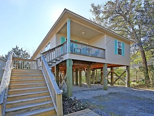 LAUGHING PELICAN- 4 BR, 2 BA- HOUSE-VERY CONVENIENT TO CHARLESTON/FOLLY BEACH