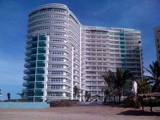 Bay View Grand Ixtapa Marina (New !!!)  1BR / 2BA