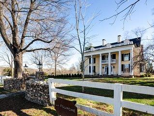 Stunning Historic Estate Property - 7 Miles to UVA Rotunda