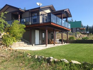 Vacation Home Over Looking Shuswap Lake