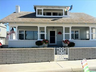 Balboa Bay Front Bungalow, The 'Jewel' of the Peninsula