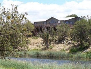White Mountain Lake, Arizona  Creek-Side Home. a Rare Find!