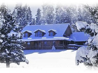 Luxury Home, Spectacular Views, 4 Bedrooms, Top of Bobcat Pass