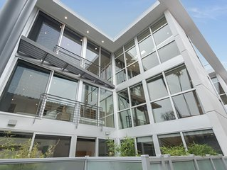 'Sky Villas Brentwood'