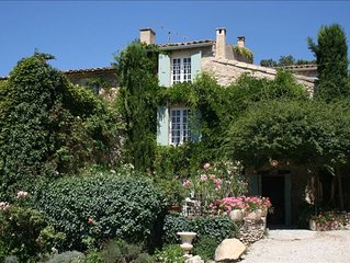 Charming 18th Century Country Home with Pool & Beautiful View of the Luberon!