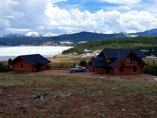 Mountain Getaway with optional Bunkhouse Apartment!
