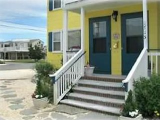 Entrance to sunflower cottage - Beach Haven LBI New Jersey