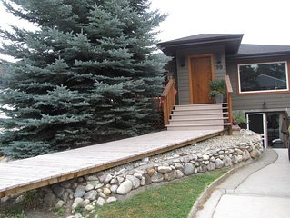 Fantastic Newly Renovated Home Minutes From Downtown Invermere