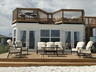 BEAUTIFUL, RELAXING! BUILT RIGHT ON THE SAND ON THE BEACH!!! NO WALK OVER!!!