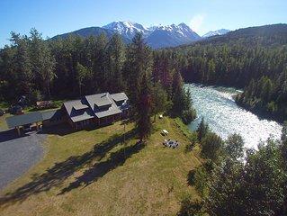 Real Alaskan Riverfront Log home
