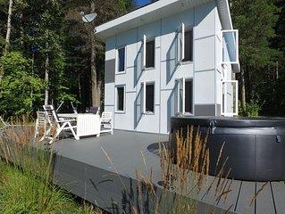 Hayley's Stormtrooper Loft Cabin