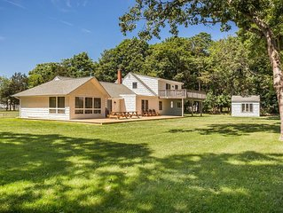 Beach House Overlooking Golf Course &  The Great South Bay Near Bellport Village