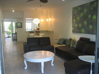 **** OASIS Resort Remodeled Modern Condo with 8 POOLS, 9 hot tubs & tennis! ****