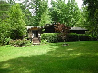 Charming Cottage In Historical Lake Toxaway Near Cashiers And Brevard