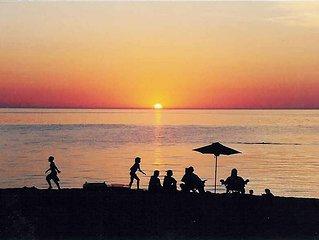 Homestead Condo, on Lake Michigan Beach at your doorstep