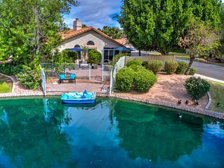 Perfect Chandler lakefront home close to everything!