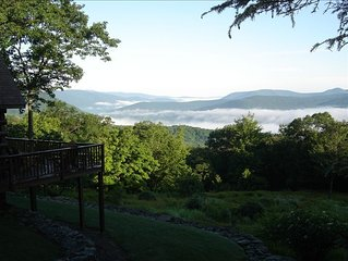 Secluded Catskill Mountain Log Cabin, Breathtaking Vista, Private, Relaxing