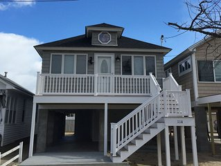 BRAND NEW / 4 Bedroom, Walk to Beach/Boardwalk * Parking 2 cars & 4 Beach Badges