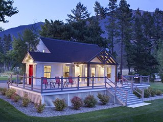 Beautiful home with Mountain & Lake Views, Minutes to Glacier!
